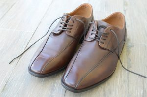 Clean Your Shoes Correctly