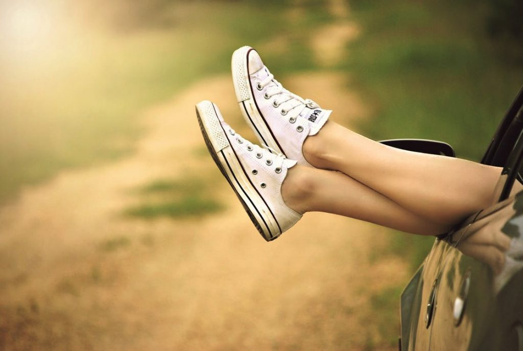 How to Choose the Right Shoes for Walking